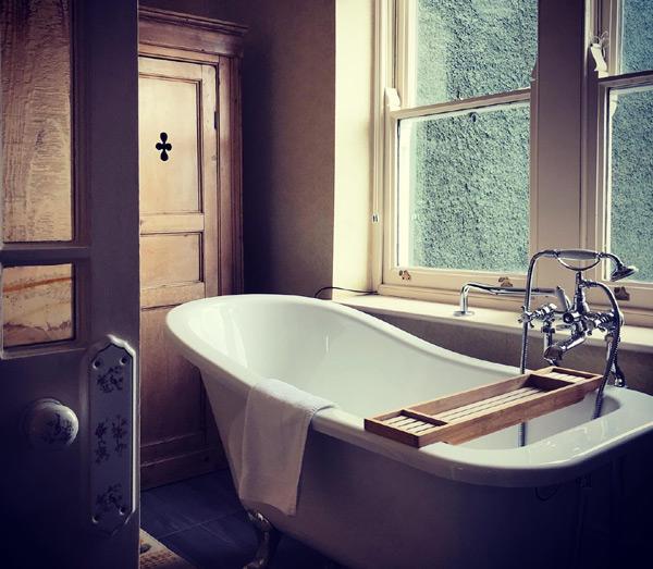 Niamh Mac Gowan Tradional Property Interiors